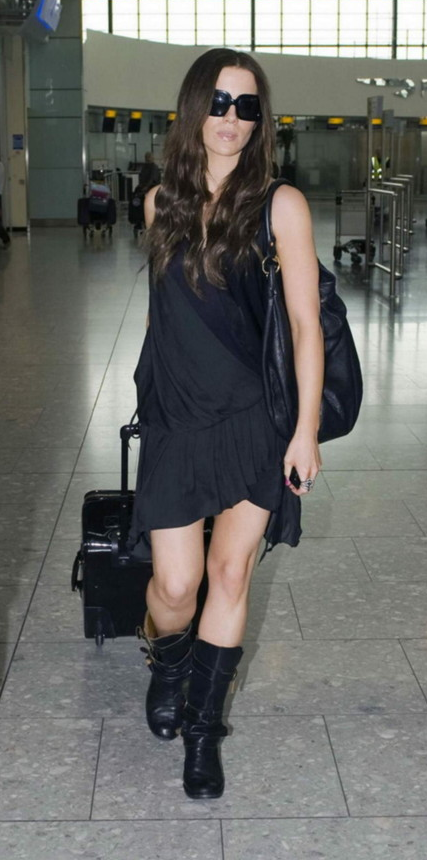 kate beckinsale black hillier hobo Marc by Marc Jacobs Classic Q Hillier Hobo