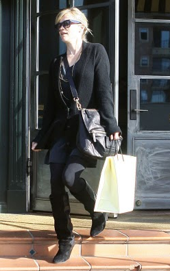 reese witherspoon pandora Givenchy Pandora Bag