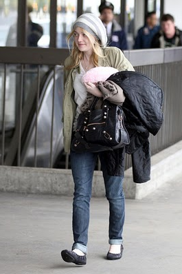 dakota fanning balenciaga arena giant city Balenciaga Giant City Bag