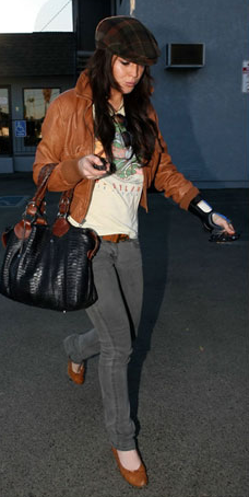 Linsey Lohan with her Pauric Sweeney Python Overnight bag Pauric Sweeney Python Overnight tote