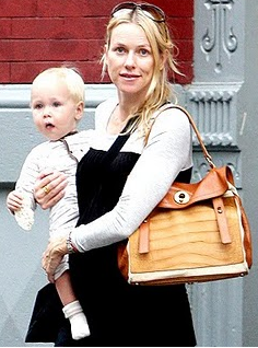 Yves Saint Laurent Muse Tote naomi watts Yves Saint Laurent Muse Tote