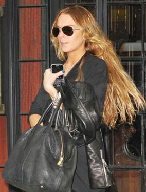 lINDSEY lOHAN yVES sAINT lAURENT EASY TOTE Yves Saint Laurent Easy
